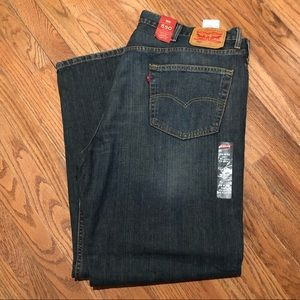 NWT: LEVIS 550 JEANS